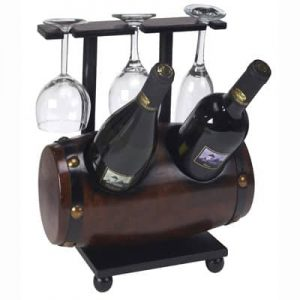 מעמד מעץ בצורת חבית ל-2 בקבוקי יין ו-3 כוסות יין