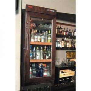 מקפיא תצוגה לבקבוקי וודקה